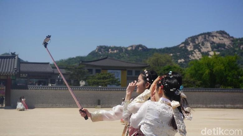 Ilustrasi traveler di Korea Selatan (Afif Farhan/detikcom)