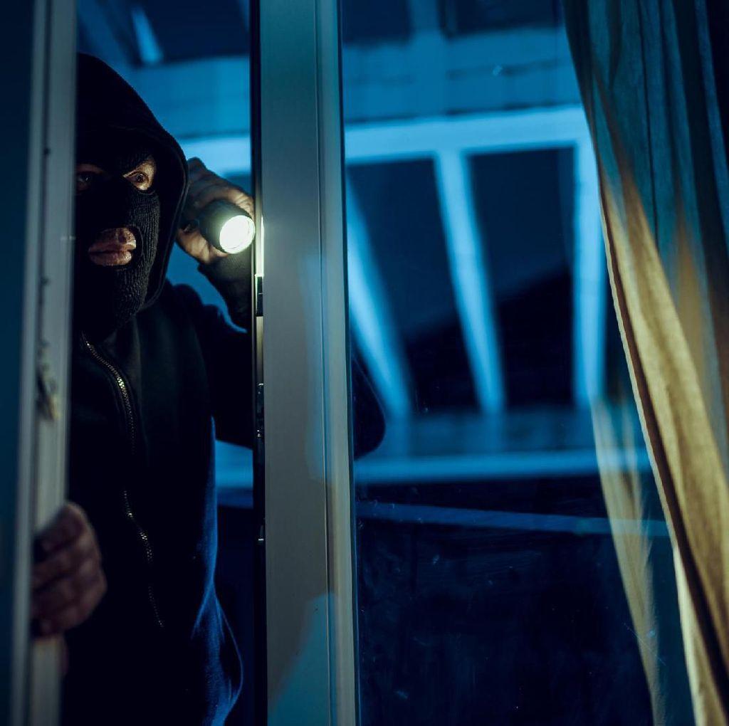 Pencuri Ini Sempat Masak hingga Cuci Piring di Rumah yang Dirampoknya