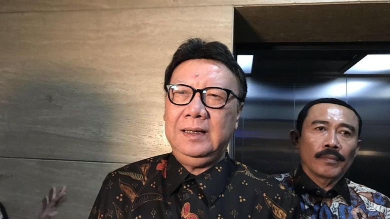 Menkum HAM Vs Walkot Tangerang Saling Lapor, Tjahjo Ingatkan Arahan Jokowi