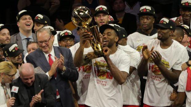 Toronto Raptors untuk kali pertama dalam sejarah meraih gelar juara NBA.
