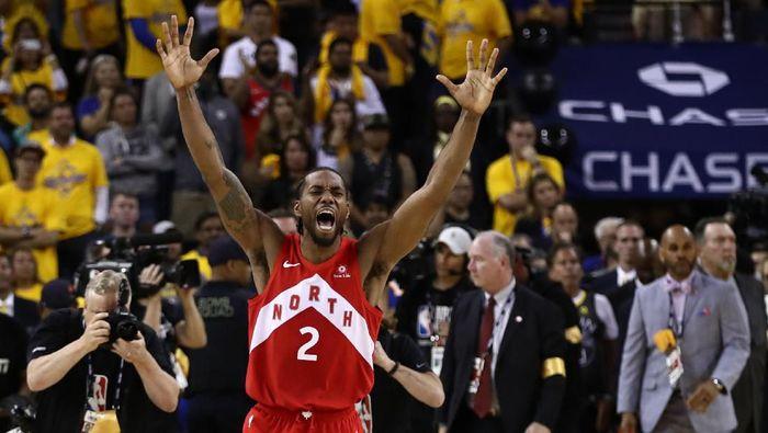 Kawhi Leonard (Toronto Raptors) menjadi pemain terbaik Final NBA 2019. (Foto: Ezra Shaw / Getty Images)
