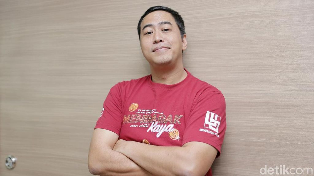 Kritikan Pandji Buat yang Suka Ngomong, Nyesel Kan Lo Pilih Jokowi?