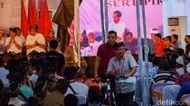 Pilpres 2019 Usai, Jokowi Kembali Bagi-bagi Sepeda