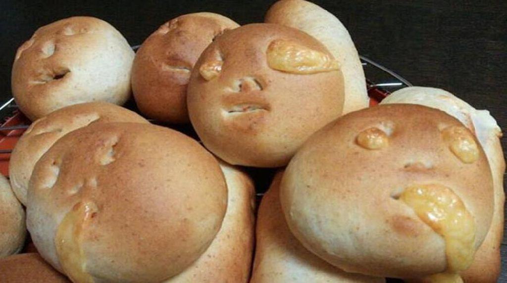 Lucu dan Aneh! Roti Bentuk Panggangan hingga Wajah Manusia