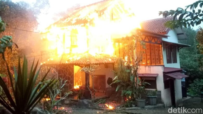 Vila di Agrowisata Nongkojajar Pasuruan Terbakar, Kerugian Rp 500 Juta