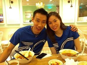 Gantung Raket, Intip Aksi Masak dan Momen Makan Lee Chong Wei Bareng Keluarga