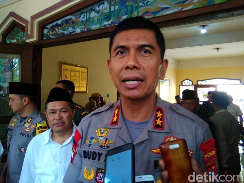 Imbau Warga Tak Aksi di MK, Kapolda Jabar: Jangan Mau Jadi Bumper