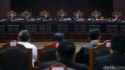 MK Coret 2 Saksi Ilegal yang Diajukan Prabowo, Begini Ceritanya