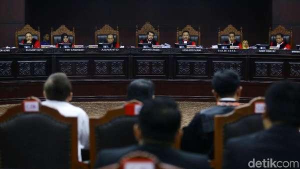 Sidang MK, Saksi Prabowo Bicara Deklarasi Bupati Karanganyar Dukung Jokowi