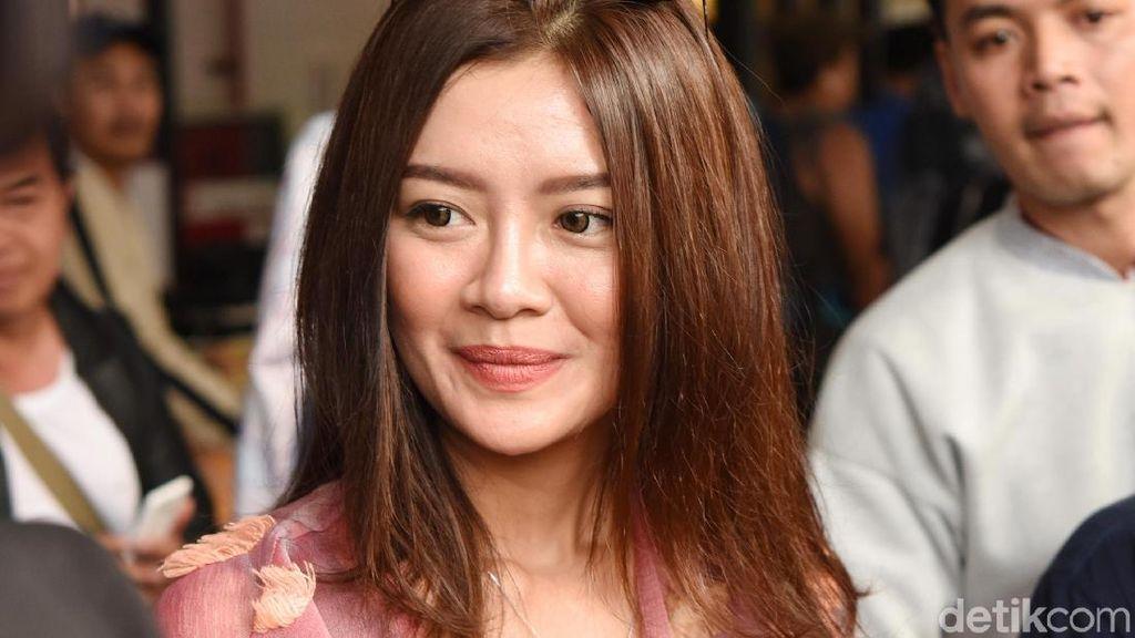 Mantan Suami Diana Pungky Tiap Hari Ajak Liburan, Gwen Minta Sabar