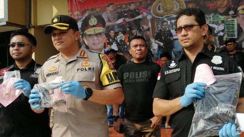 Polisi: Peluru di Senpi Brimob yang Dijarah Perusuh 22 Mei Masih Lengkap