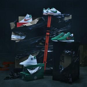 Nike Rilis Sneakers Bertema Stranger Things