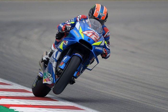 Alex Rins tercepat di sesi latihan bebas ketiga MotoGP Catalunya. (Foto: Lluis Gene / AFP)