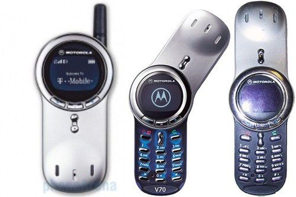 Motorola V70 yang dirilis 2002. Foto: internet