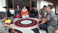Viral, Wisatawan Dipalak Ibu Penjual Canang Saat Lewat Hutan Kintamani Bali