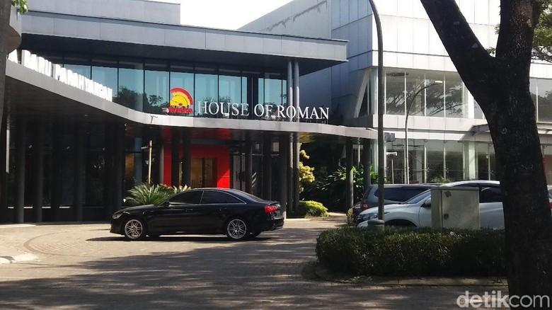 Datang ke Toko Bangunan Mewah, Setya Novanto Mau Bangun Rumah?