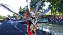 Busana Ramah Lingkungan Meriahkan Gelaran Festival Bambu Banyuwangi