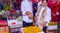 Di Bali Jokowi Asyik Belanja Buah, Makan Begor hingga Jajan Gelato