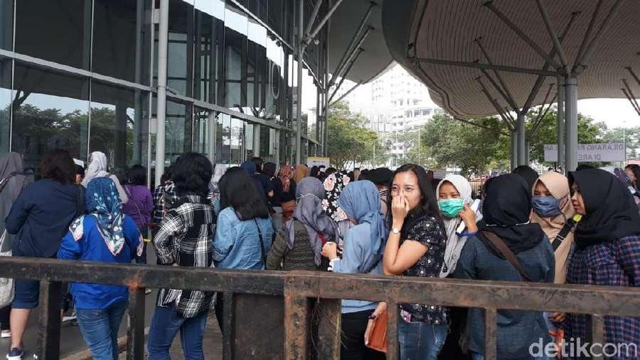 Rame Banget! Penampakan Fans Padati Venue Konser Super Junior