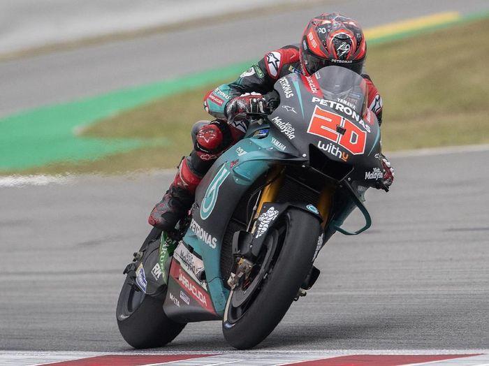 Fabio Quartararo merebut pole position di MotoGP Catalunya. (Foto: Mirco Lazzari gp / Getty Images)