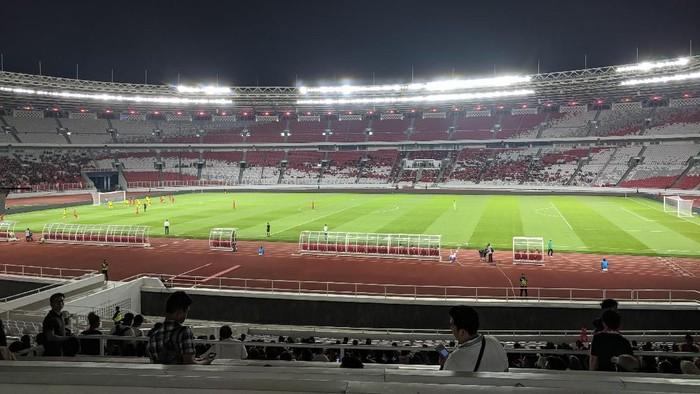 penonton Indonesia vs Vanuatu di Stadion GBK