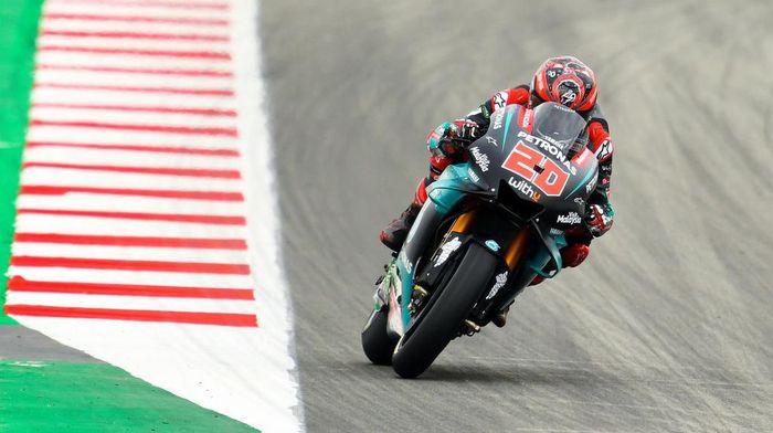 Pebalap Petronas Yamaha SRT, Fabio Quartararo, di MotoGP Catalunya. (Foto: David Ramos/Getty Images)