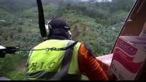 Tidak Ada Pendaratan, Logistik Korban Banjir di Sultra Disebar dari Udara