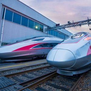 Naik Kereta Cepat, Jakarta-Karawang Nggak Sampai 15 Menit