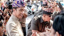 Dihadiri Jokowi, Pawai Pesta Kesenian Bali Diserbu Wisatawan