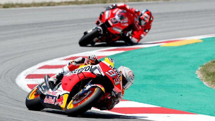 Marc Marquez juara MotoGP Catalunya (Foto: Albert Gea/Reuters)