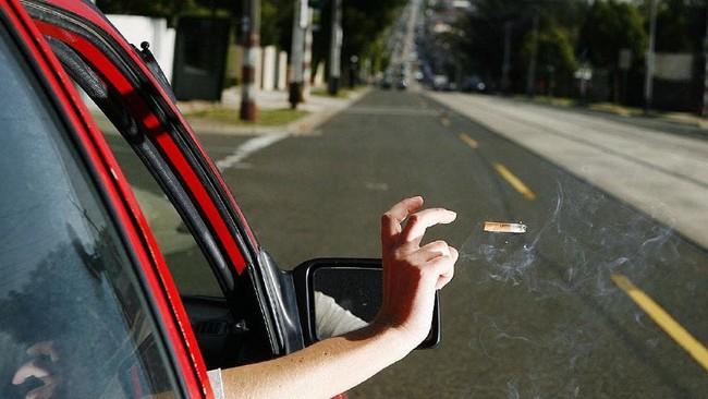Berita Populer: Pengemudi Didenda karena Rokok, Mobnas Vietnam