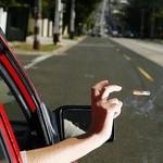 Buang Puntung Rokok dari Mobil, Pengemudi Ini Ditilang Rp 8,2 Juta