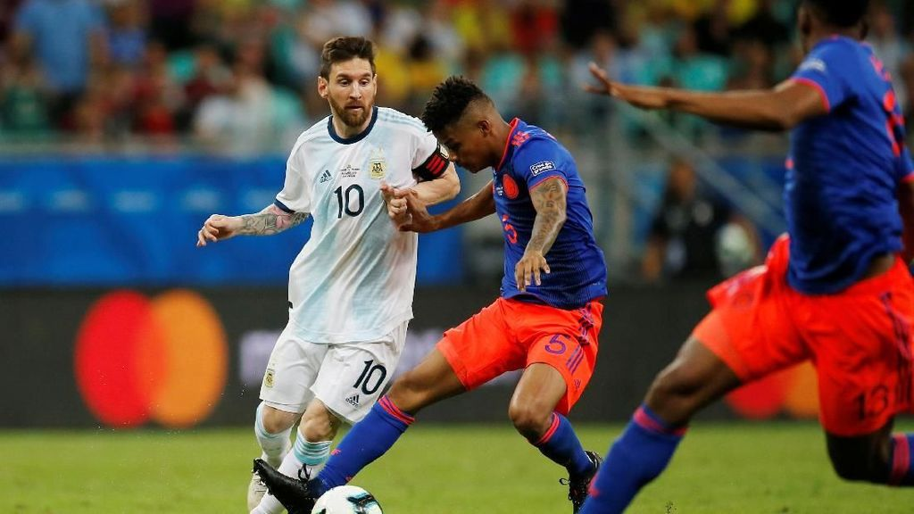 Copa America: Kolombia Pecundangi Argentina 2-0