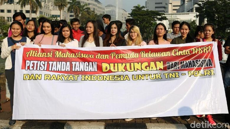 Aksi Dukung TNI-Polri Terkait Kerusuhan 21-22 Mei