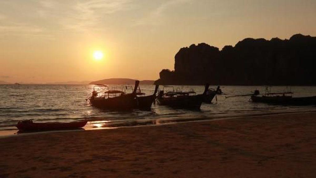 Pesona Senja di Krabi, Thailand