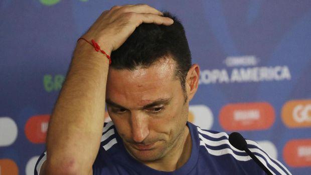 Kekeliruan Lionel Scaloni menyusun strategi justru menjadikan Messi sebagai beban di timnas Argentina. (
