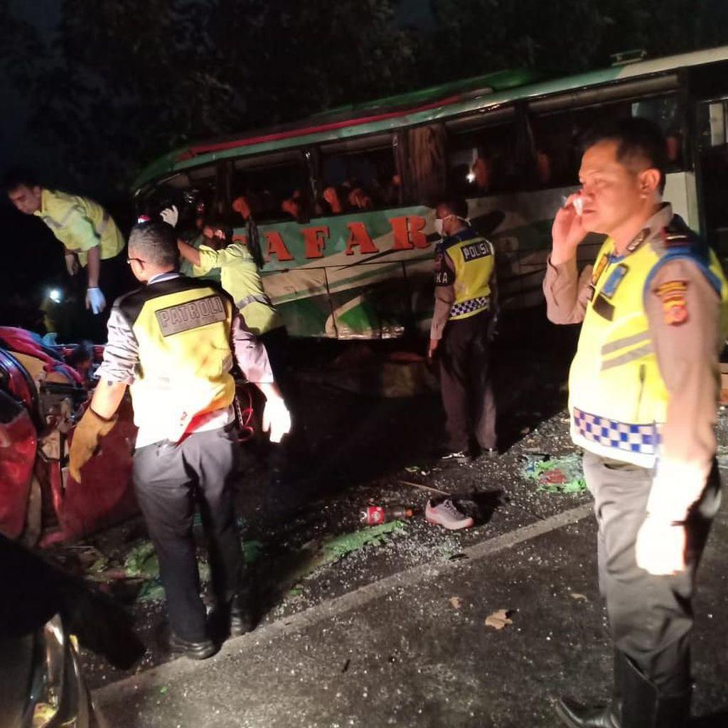 KNKT Soroti Kabin Khusus Sopir Bus dan Median Jalan Cipali