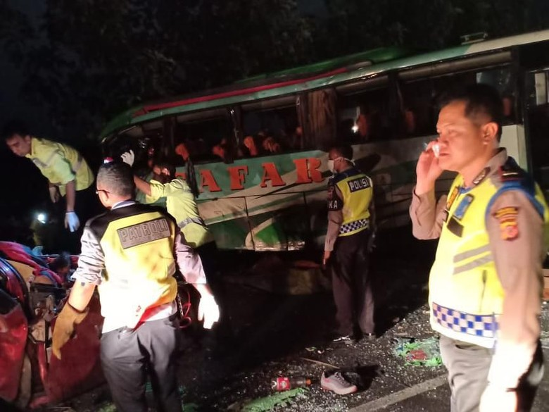 Polisi Pindahkan Perawatan Penyerang Sopir Bus ke RS Majalengka