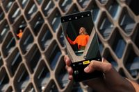 Teknologi 10x Hybrid Zoom yang Memukau Fotografer Profesional