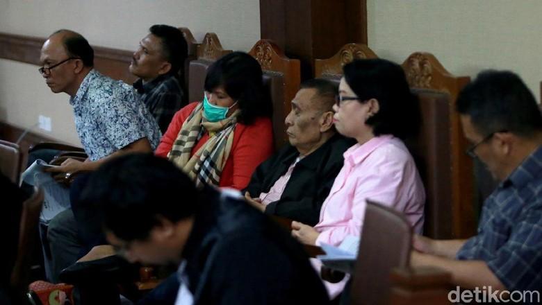 Enam Terdakwa Korupsi Massal DPRD Sumut Jalani Sidang Lanjutan