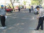 Guru SD di Jombang Tewas Terlindas Truk Saat Berangkat Mengajar