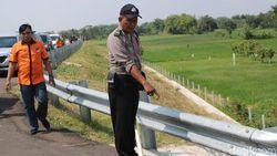 Potongan Kaki Manusia Ditemukan Pemotong Rumput di Tol Kertosono-Nganjuk