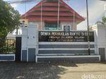 DPRD Sulsel Bantah Pakaian Anggota Dewan Setara Hermes dan LV