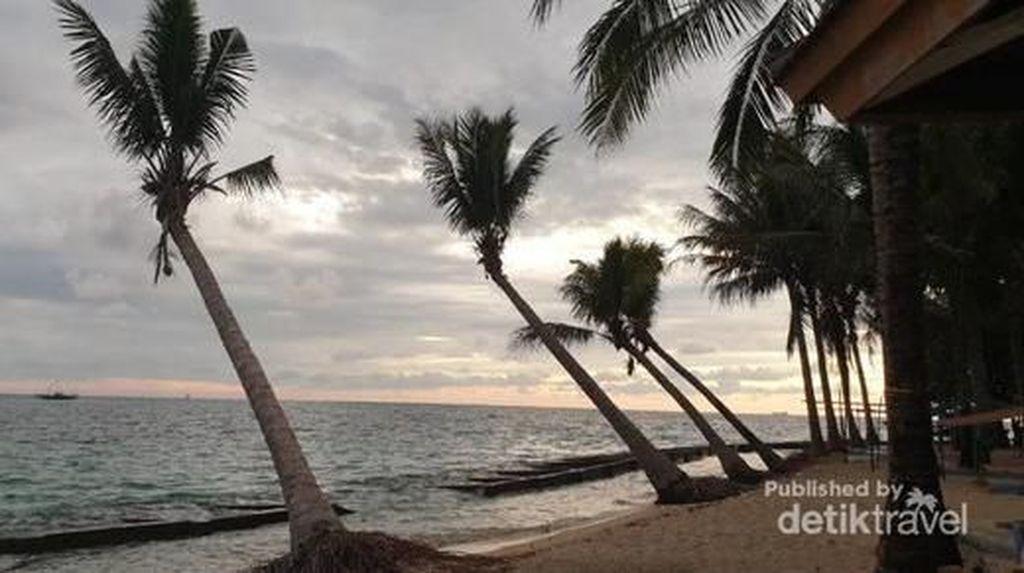 Pulau Cantik Ini Mitosnya Terbuat dari Beras