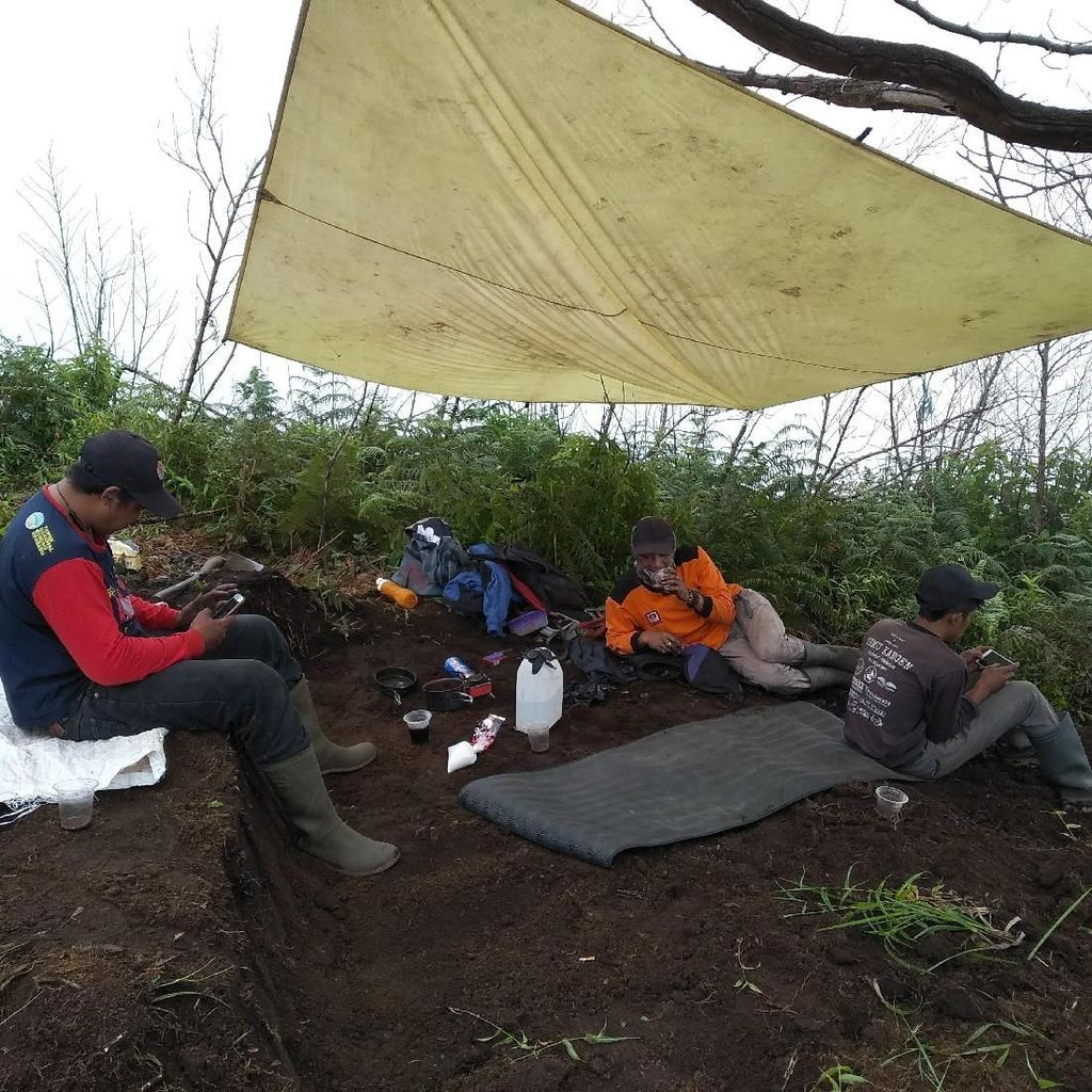 Rawan Longsor, Jalur Pendakian Gunung Merbabu Via Thekelan Dialihkan