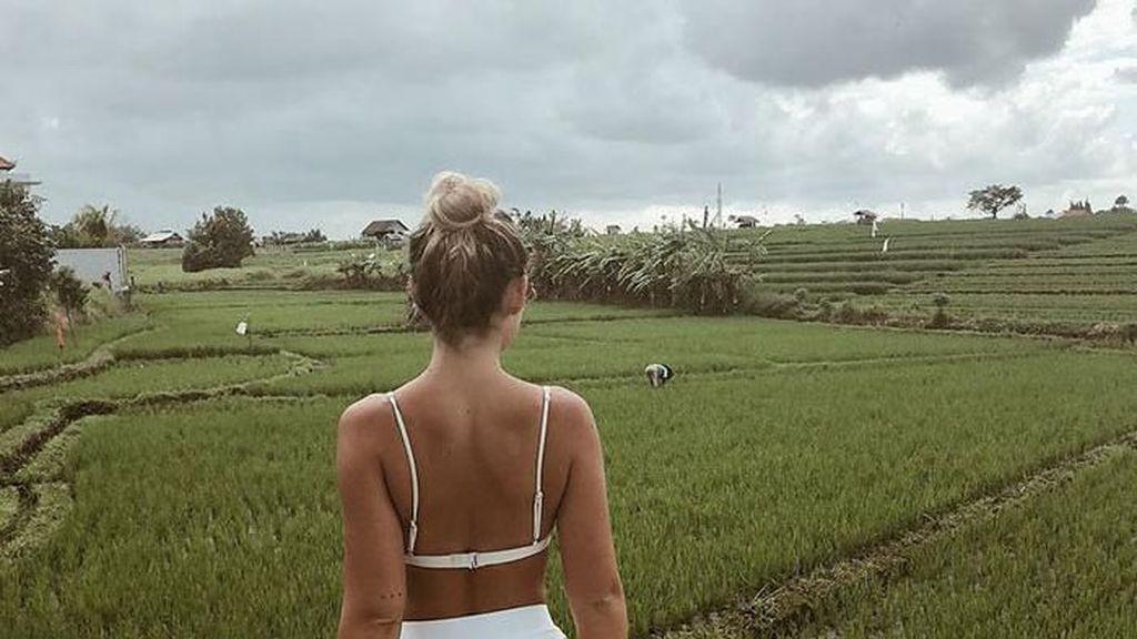 Foto Berbikini di Bali, Selebgram Terpaksa Pensiun Sosmed