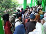 Ombudsman Jabar Soroti Antrean Panjang Pendaftar PPDB SMA