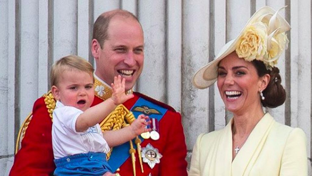Iring-iringan Pangeran William dan Kate Middleton Tabrak Seorang Nenek