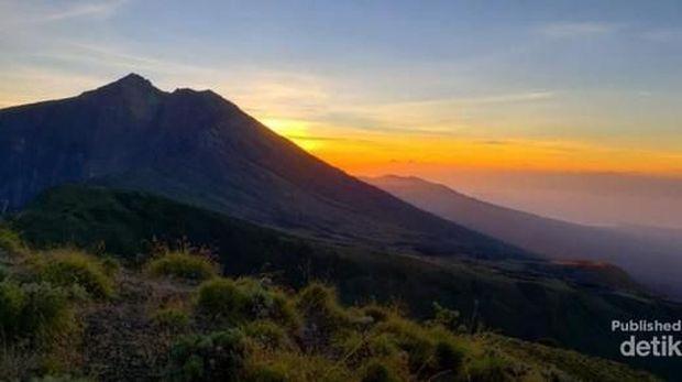 Sunrise di Gunung Rinjani