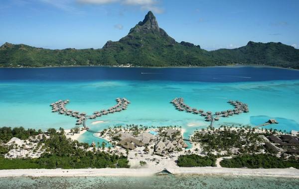 Bora-bora merupakan pulau kecil yang berada di sebelah selatan Samudera Pasifik, tepatnya di Kepulauan Tahiti. Secara administratif pulau ini masuk ke dalam negara Prancis. (iStock)